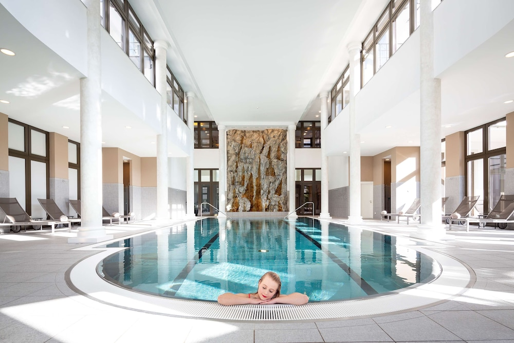 Indoor Pool, Grand Hotel des Bains Kempinski