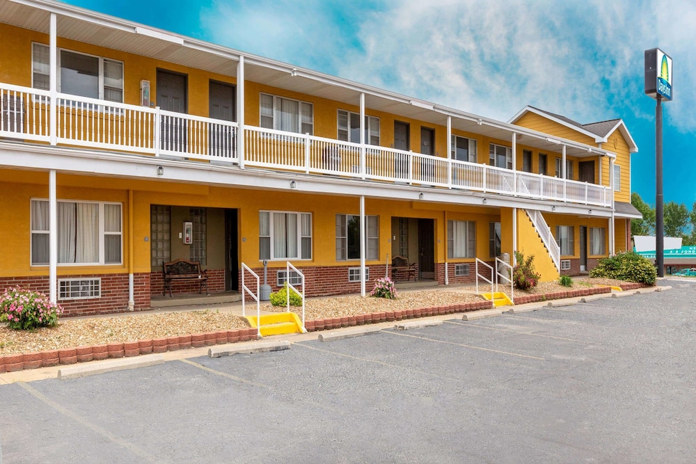 Exterior, Days Inn by Wyndham Chillicothe