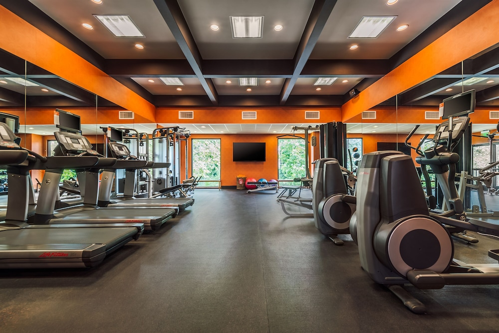 Fitness Facility, The Garland