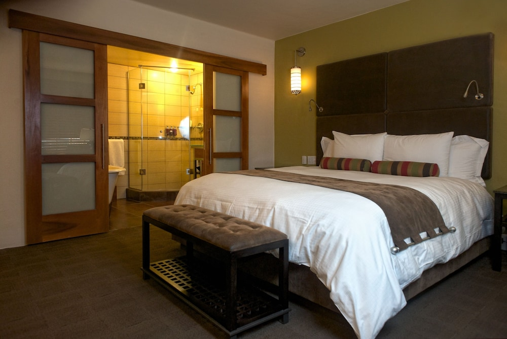 Room, Hotel Andaluz Albuquerque, Curio Collection by Hilton