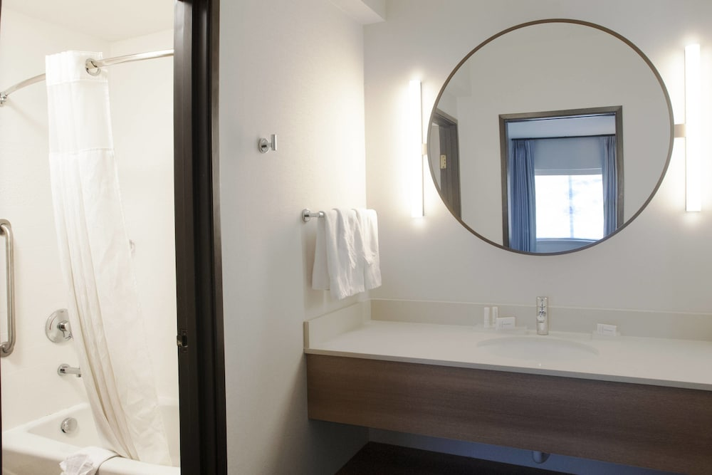 Bathroom, Fairfield Inn & Suites by Marriott Spokane Valley