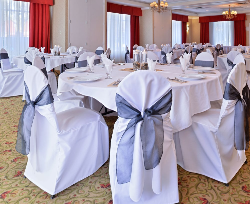 Indoor Wedding, Best Western Plus Regency Inn & Conference Centre