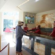 Mostrador de check-in y check-out