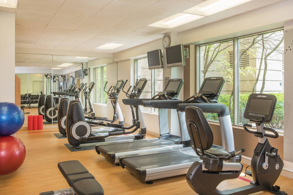 Fitness Facility, Sheraton Suites Chicago Elk Grove