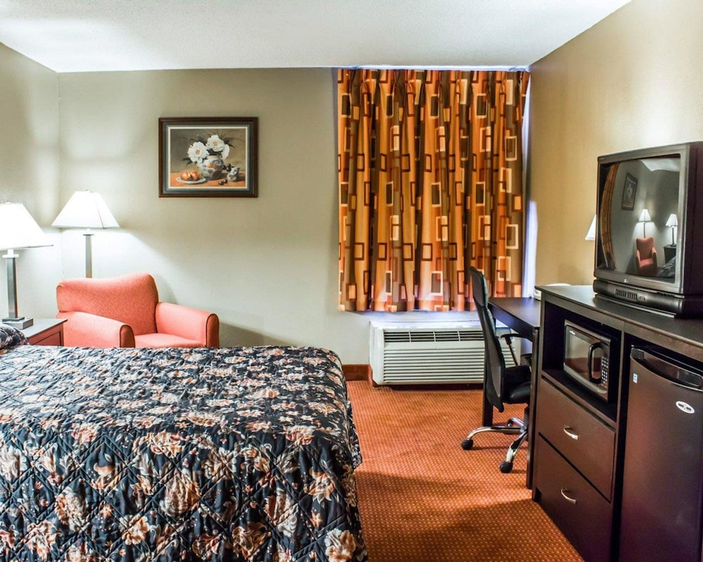 Room, Econo Lodge Burlington I-40