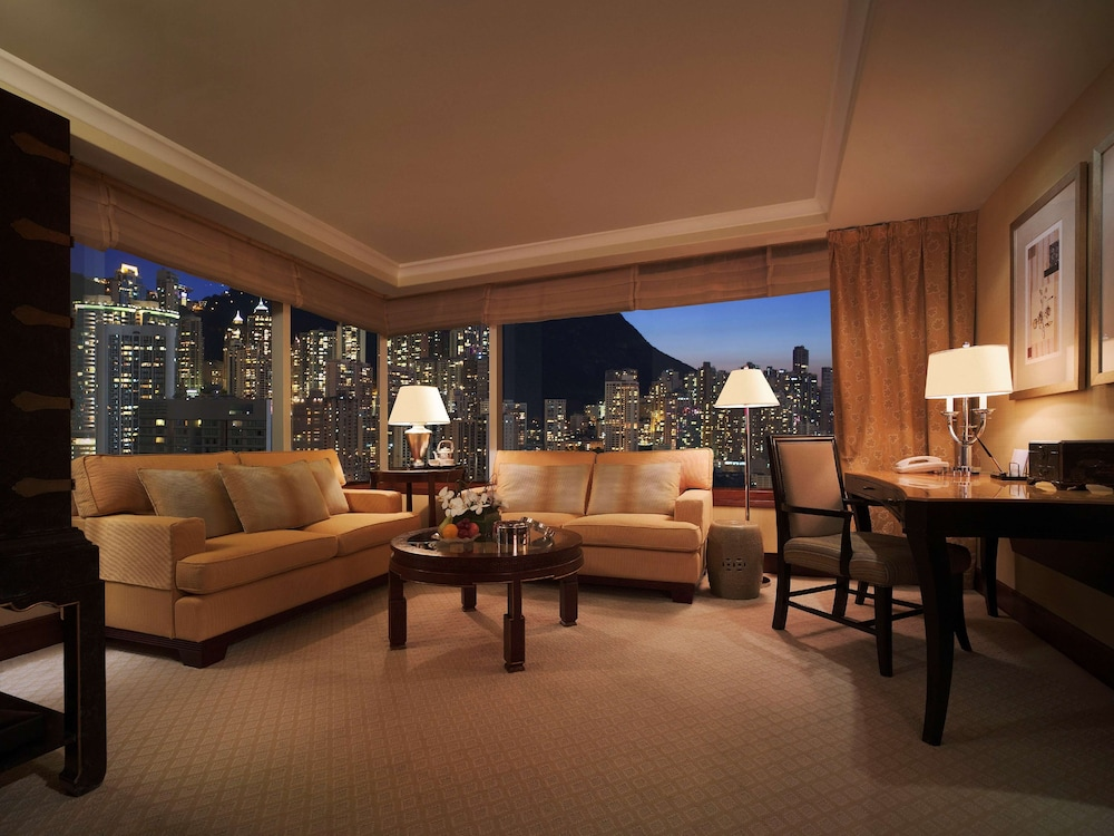 Living Area, Conrad Hong Kong