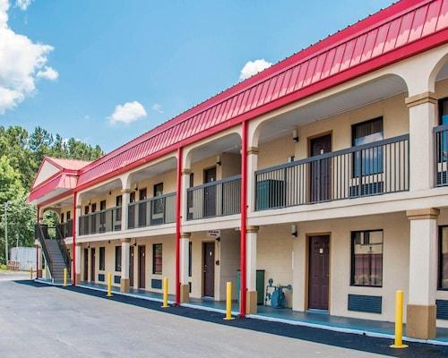 Great Place to stay Econo Lodge Richmond Hill near Richmond Hill