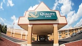 Quality Inn - New Kensington Hotels