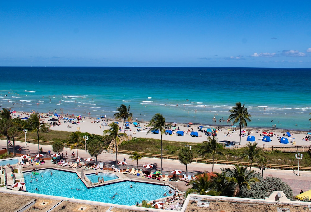 Featured Image, Hollywood Beach Resort Cruise Port