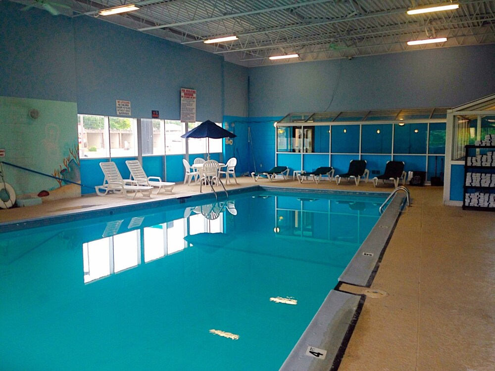 Council Bluffs Hotels With Pool