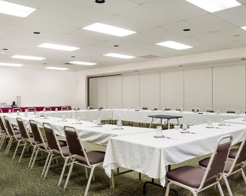 Meeting Facility, Quality Inn Bismarck