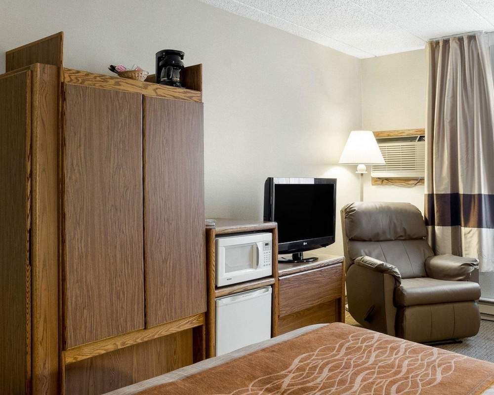 Room, Quality Inn Bismarck