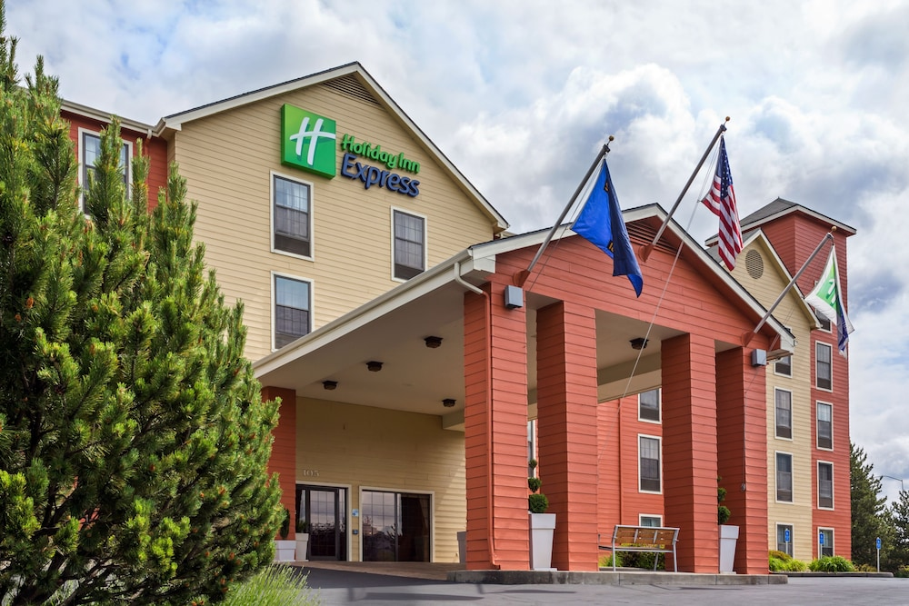 Featured Image, Holiday Inn Express Grants Pass, an IHG Hotel