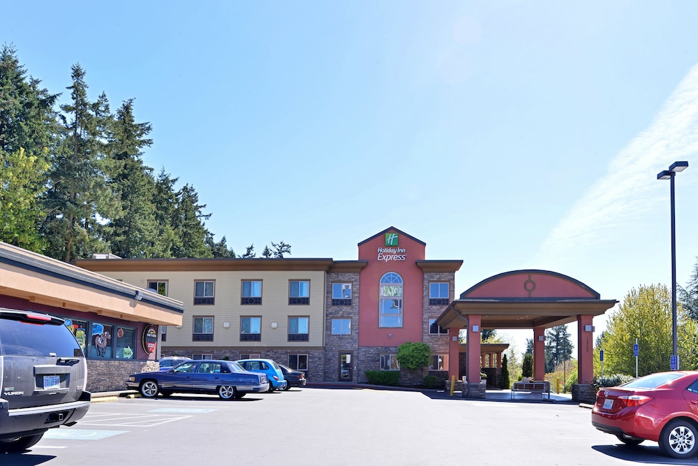 Exterior, Holiday Inn Express Portland South-Lake Oswego