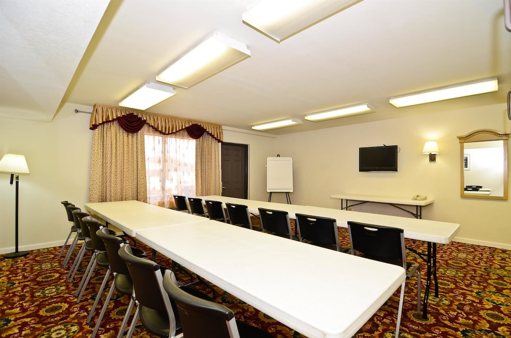 Meeting Facility, Americas Best Value Inn Ft. Myers