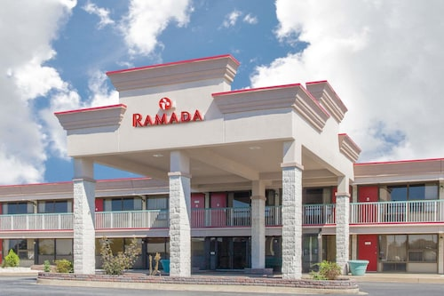 Ramada Hotel & Conference Center by Wyndham Edgewood