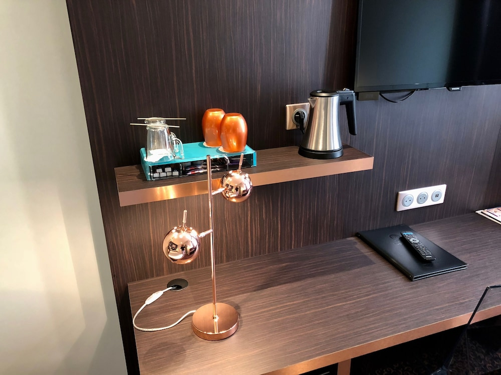 Room Amenity, Best Western Empire Elysees