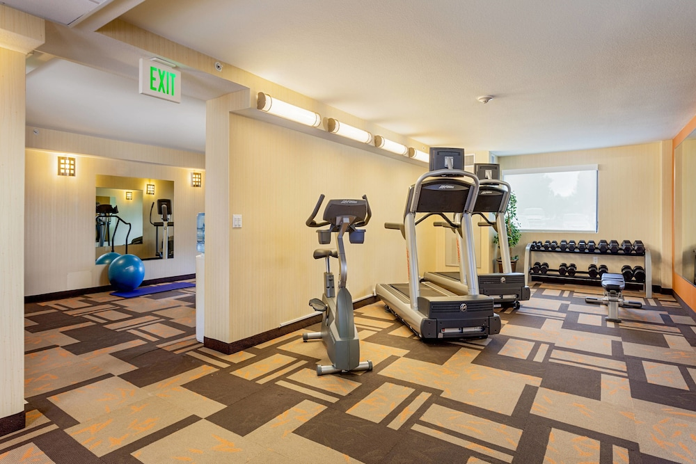 Gym, Courtyard by Marriott Fairfield Napa Valley Area