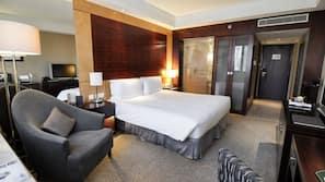 1 間臥室、高級寢具、記憶棉床墊、迷你吧