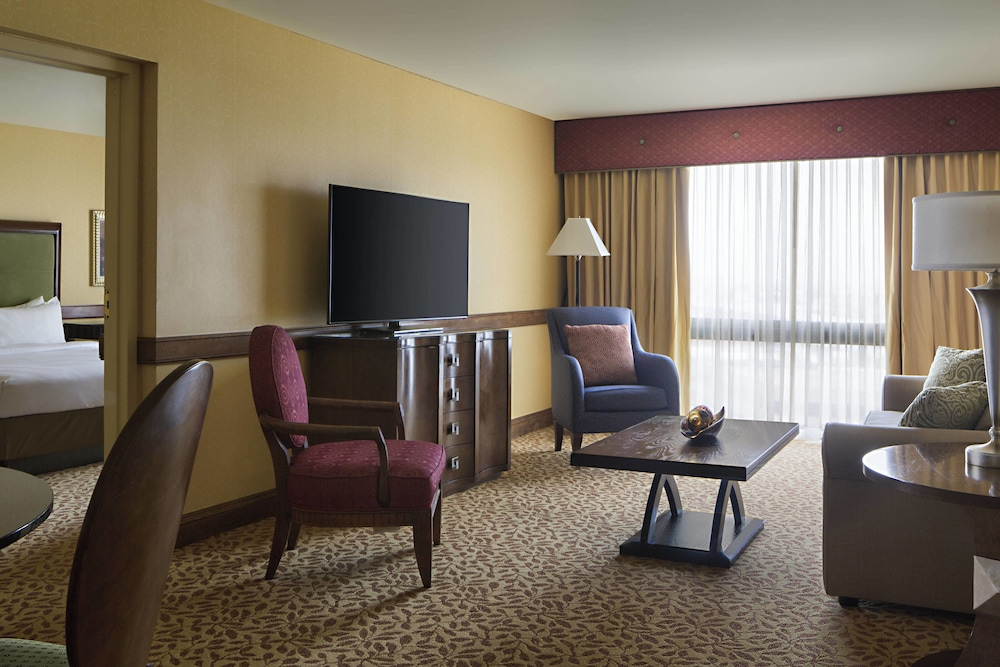 Houston Marriott South at Hobby Airport in Houston, TX | Expedia