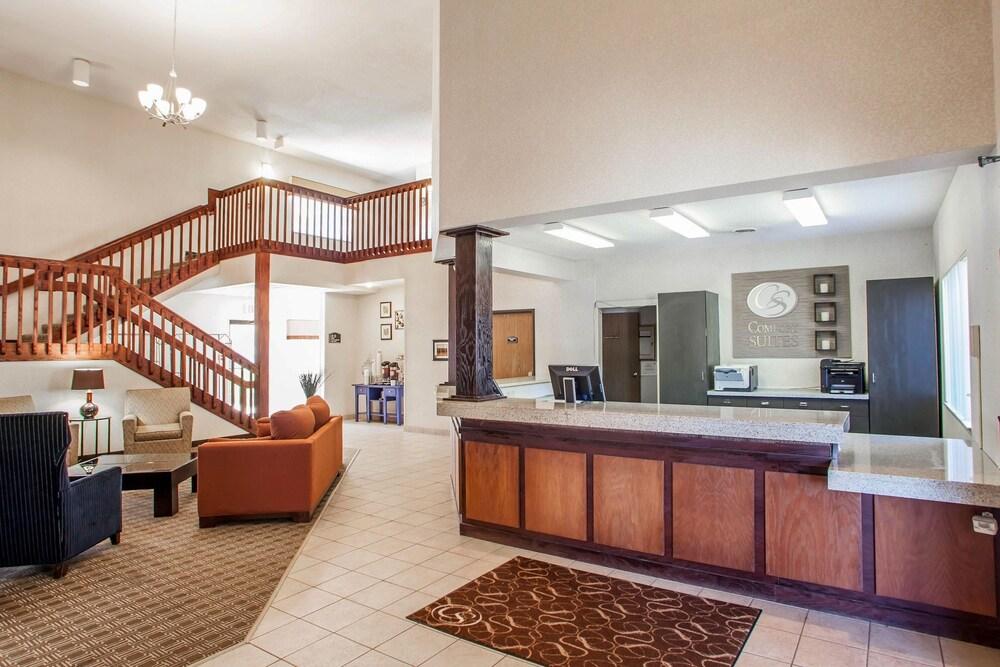 Comfort Suites Peoria I 74 2019 Room Prices Deals Reviews Expedia