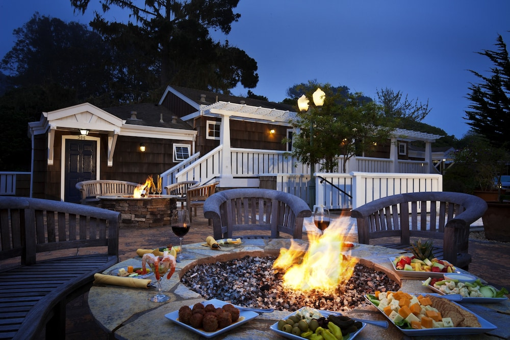 Terrace/Patio, Lighthouse Lodge And Cottages