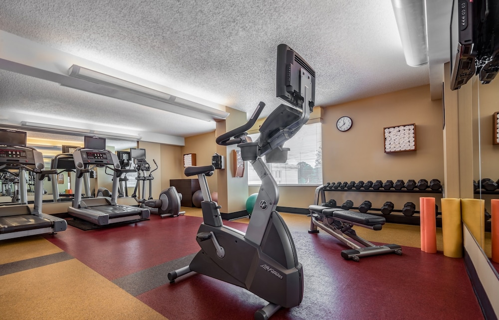 Fitness Facility, Courtyard by Marriott Bethesda/Chevy Chase