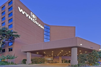 Wyndham Dallas Suites- Park Central