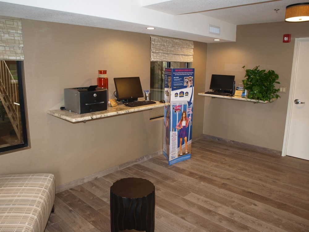 Check-in/Check-out Kiosk, Best Western Plus Anaheim Inn