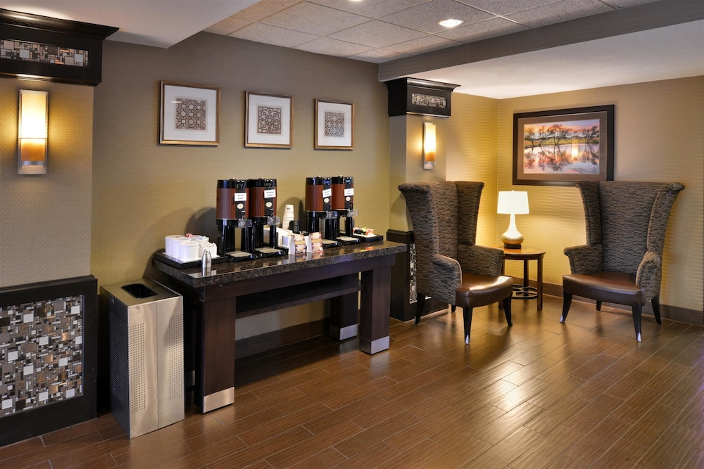 Lobby, Best Western Plus Wichita West Airport Inn