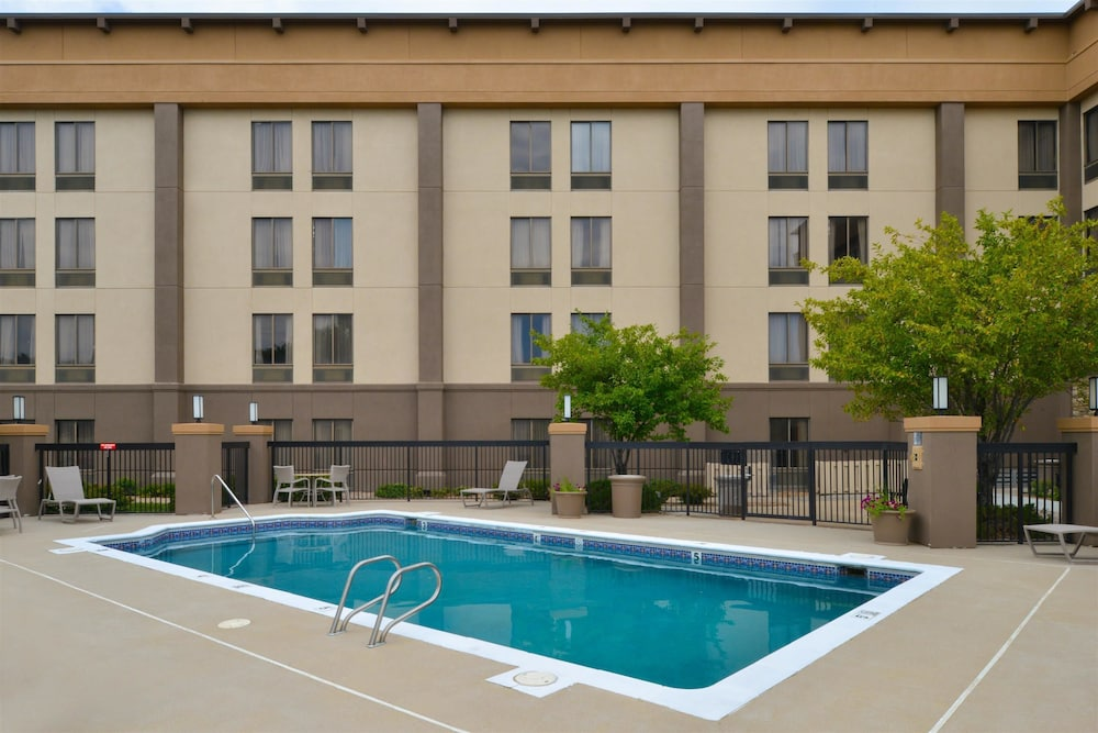 Pool, Best Western Plus Wichita West Airport Inn