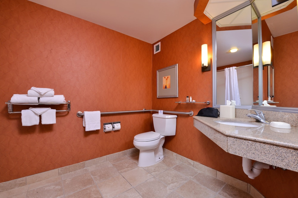 Bathroom Amenities, Best Western Plus Wichita West Airport Inn