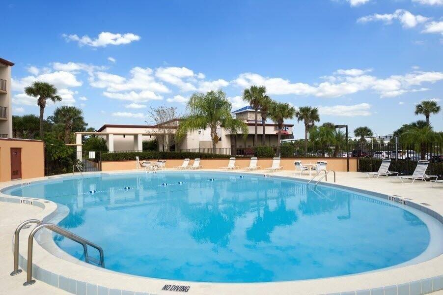 Days Inn Orlando Convention Center International Drive Hotel In Orlando Cheap Hotel Deals