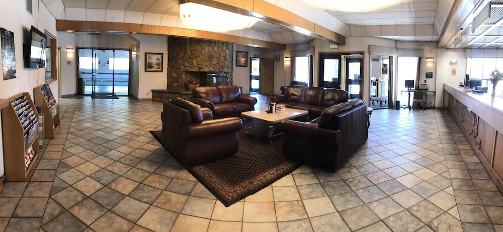 Lobby, Shilo Inn Suites - Mammoth Lakes