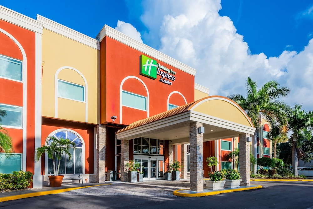 Featured Image, Holiday Inn Express & Suites Bradenton West, an IHG Hotel