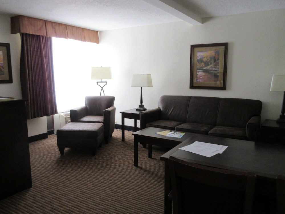 Living Area, Ramkota Hotel & Conference Center
