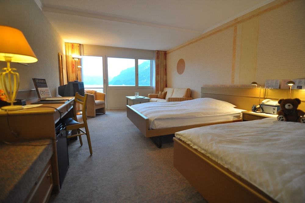 Room, Seiler au Lac