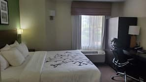 In-room safe, iron/ironing board, linens