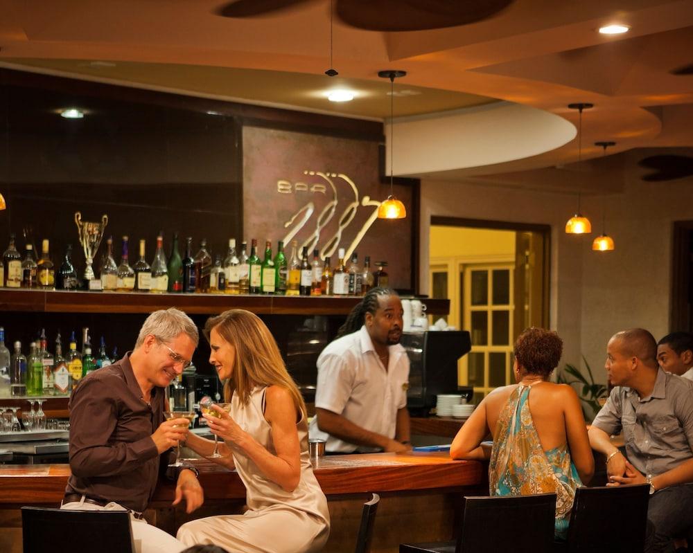 Rooms: The Crane Resort, Diamond Valley