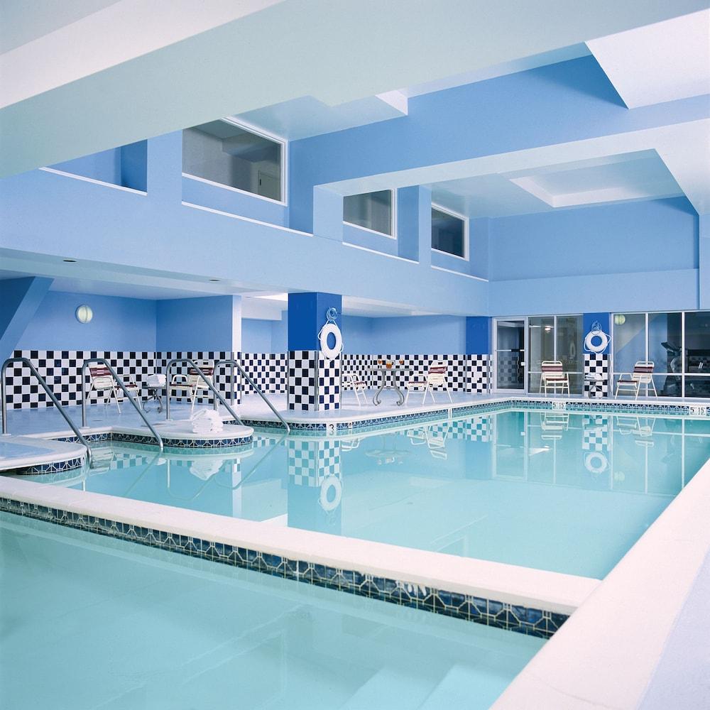 Crowne Plaza Philadelphia Bucks County In Philadelphia Hotel Rates Reviews On Orbitz