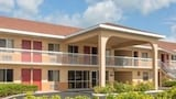 Howard Johnson Inn Vero Beach I95 - Vero Beach Hotels