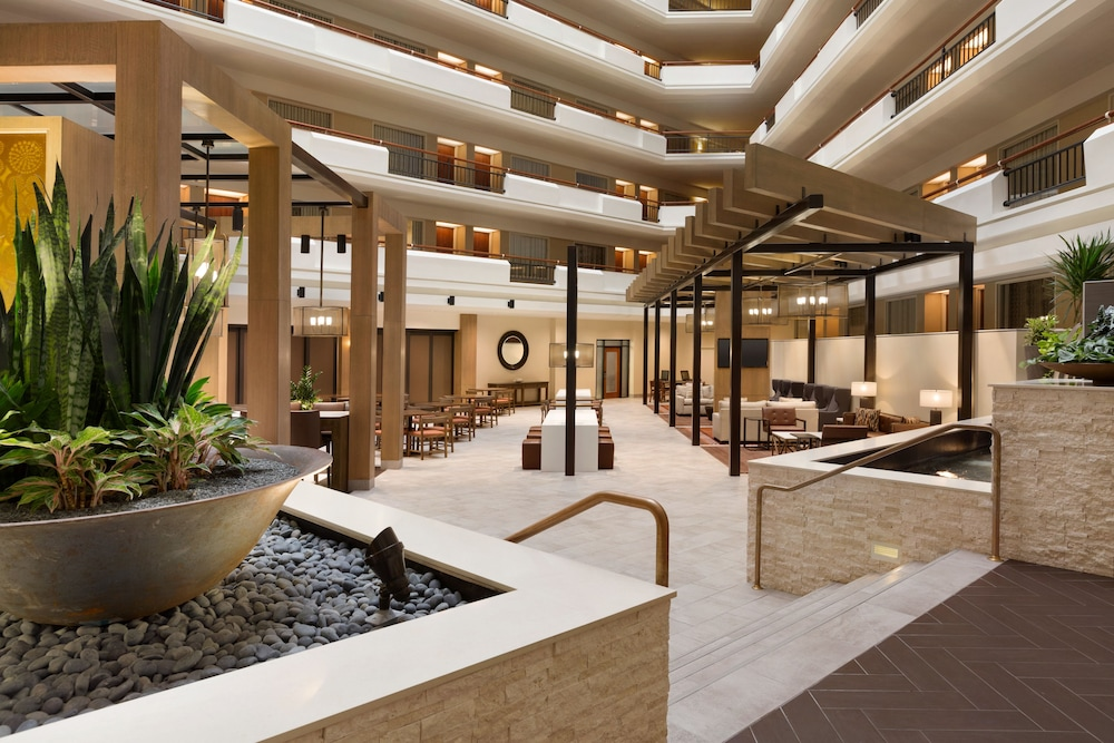 Lobby, Embassy Suites by Hilton Austin Downtown South Congress