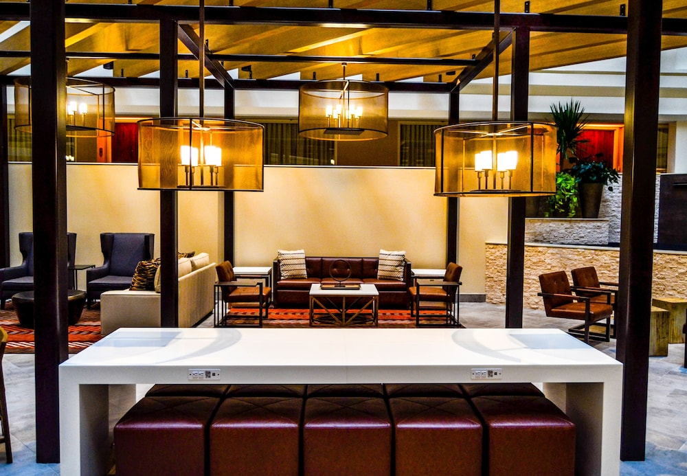 Lobby Lounge, Embassy Suites by Hilton Austin Downtown South Congress