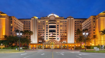 Florida Hotel & Conference Center in the Florida Mall, BW Premier Collection