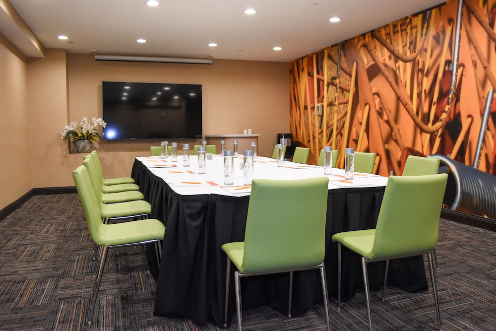 Meeting Facility, Hotel Indigo Anaheim