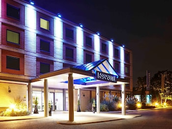 Novotel London Heathrow Airport - M4 Jct 4