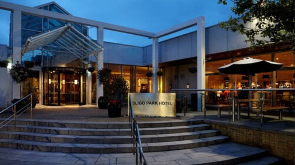 Front of Property - Evening/Night, Sligo Park Hotel & Leisure Club
