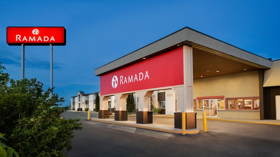 Ramada by Wyndham Bismarck
