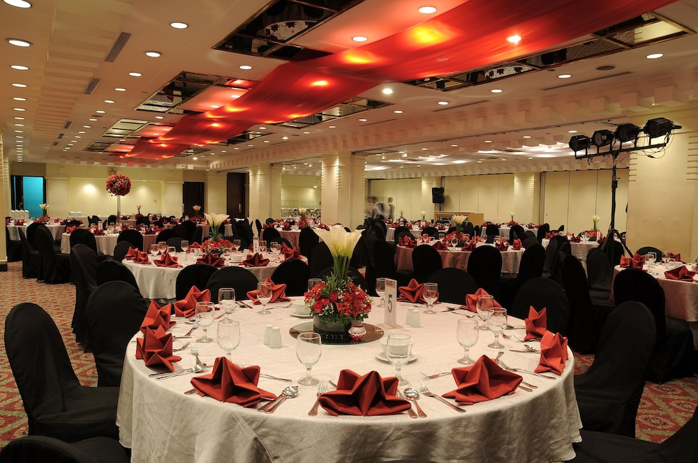 Banquet Hall, The Heritage Hotel Manila