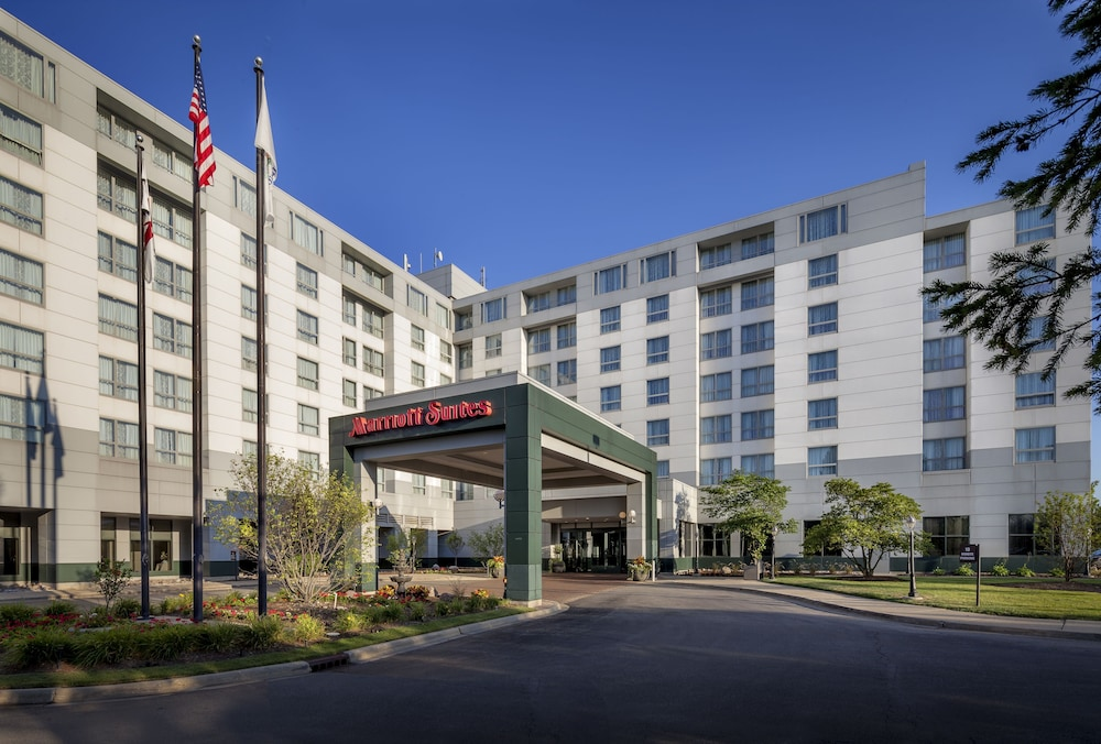 Chicago marriott suites deerfield in chicago hotel rates for Suites in chicago
